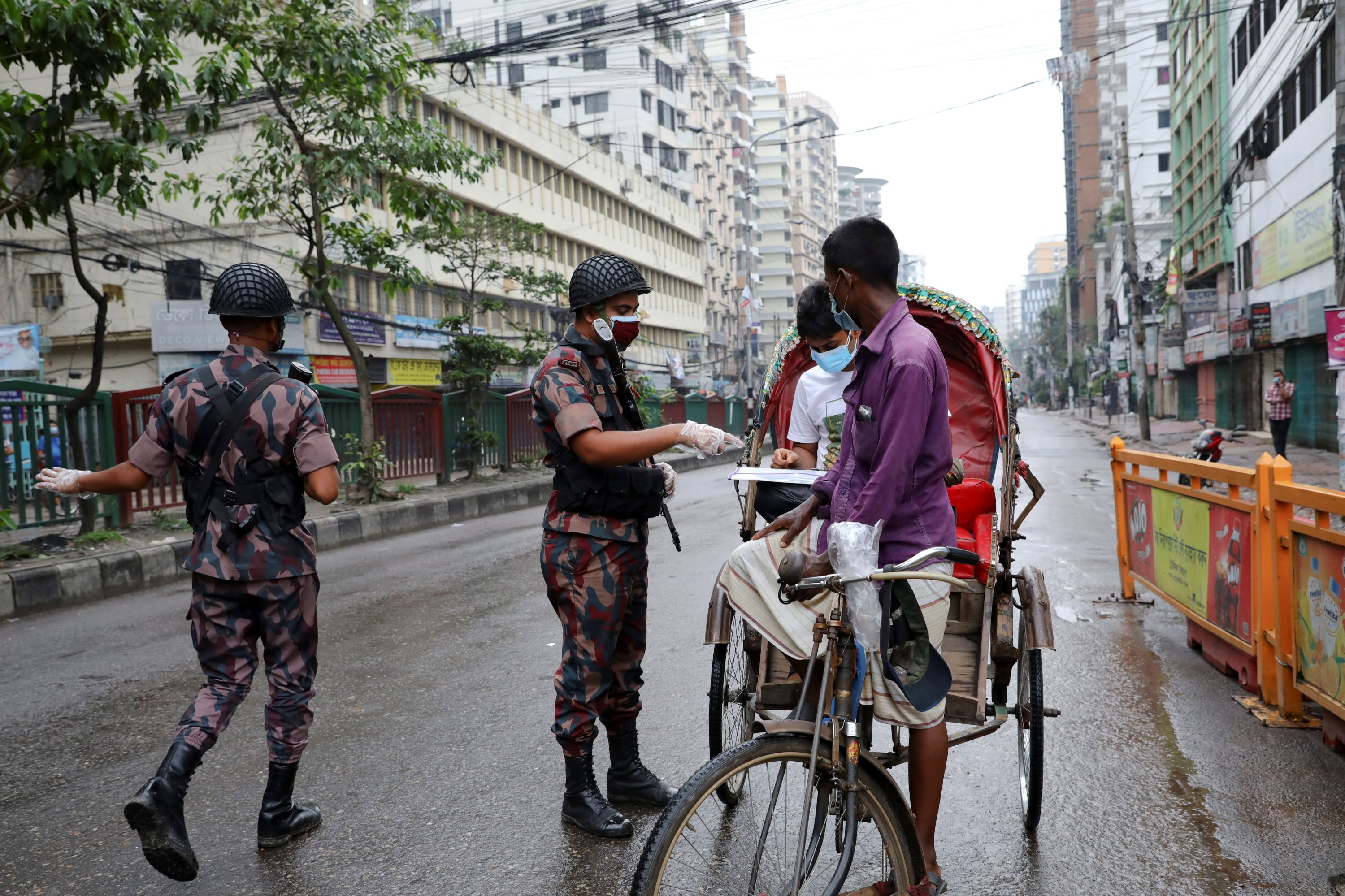 Bangladesh: COVID positivity rate falls below 5 percent, lowest in over six months