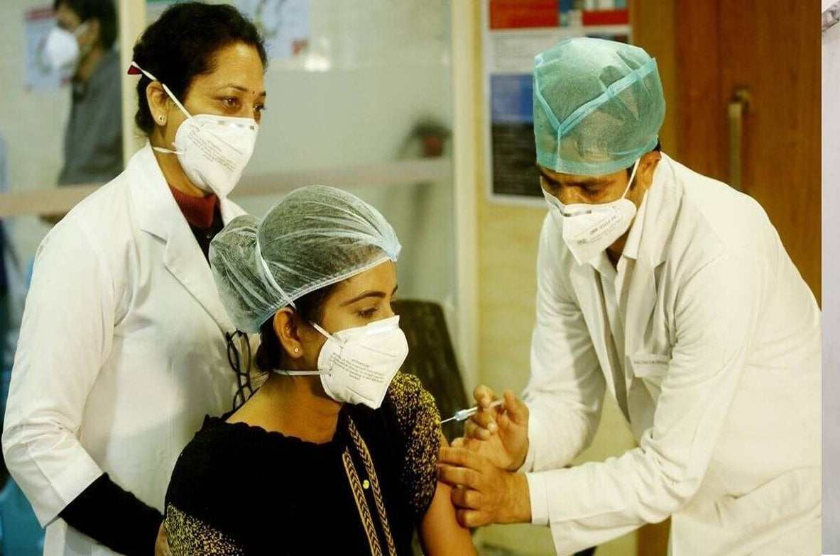 Over 38 crore 54 lakh COVID vaccine doses provided to States, UTs