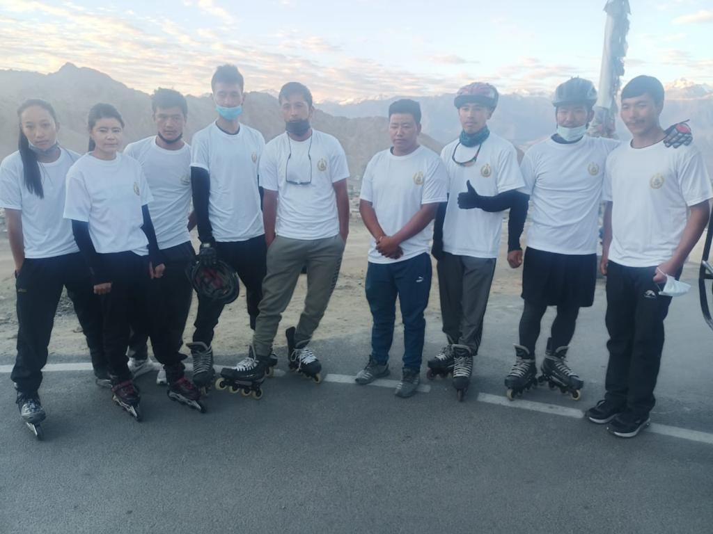 ITBP wins both male and female roller skating competition at Khardungla, Ladakh
