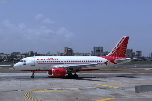 Govt allows domestic airlines to operate at 65 % passenger capacity