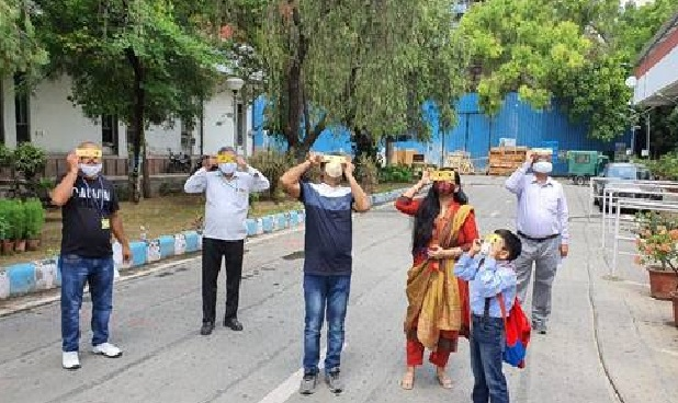 Children, women, scientists & employees watched the solar eclipse from DST campus