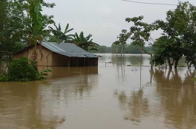 Flood situation remains critical in Assam