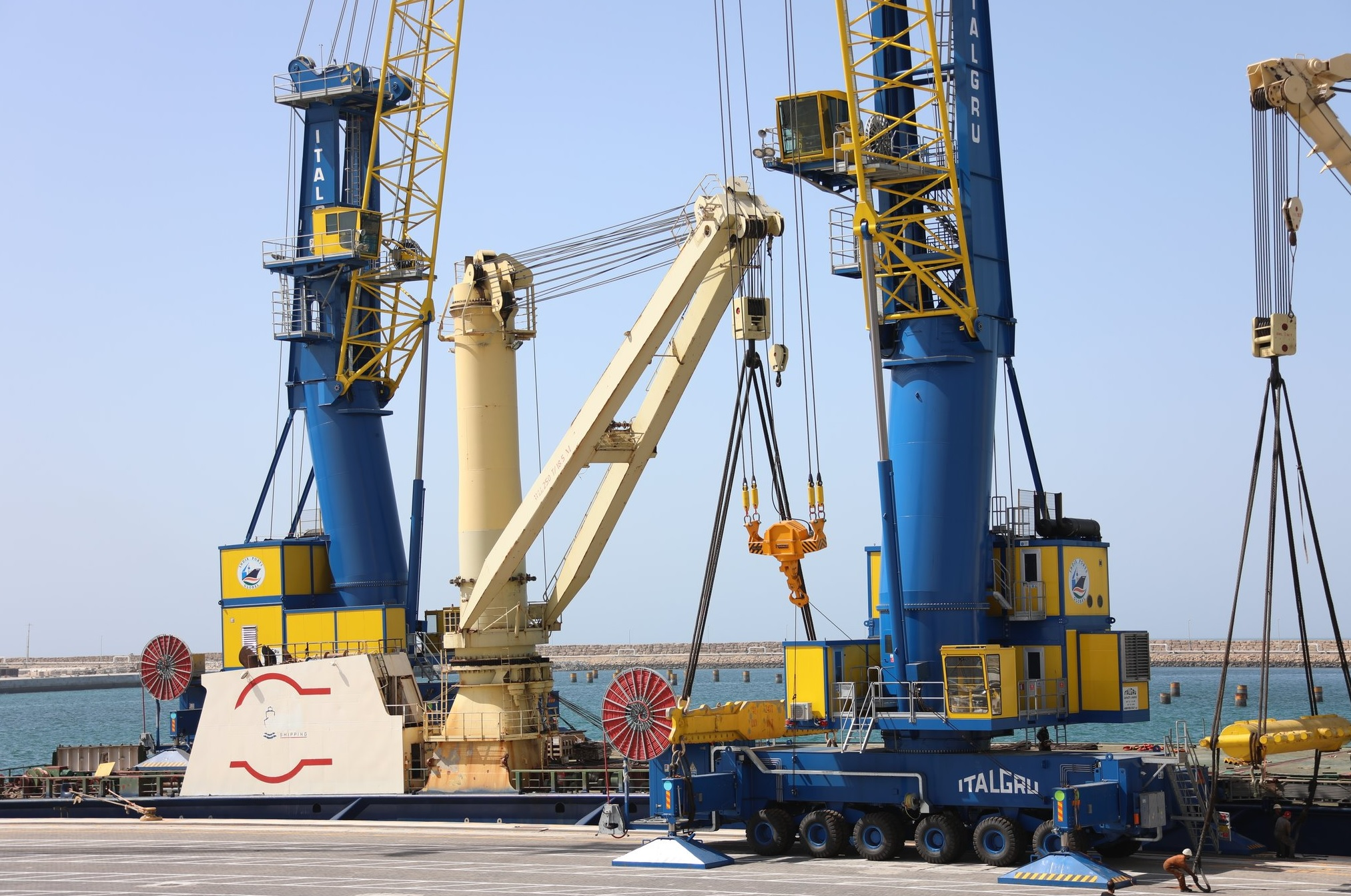 India supplies two Mobile Harbour Cranes each weighing 100 tons to Iran