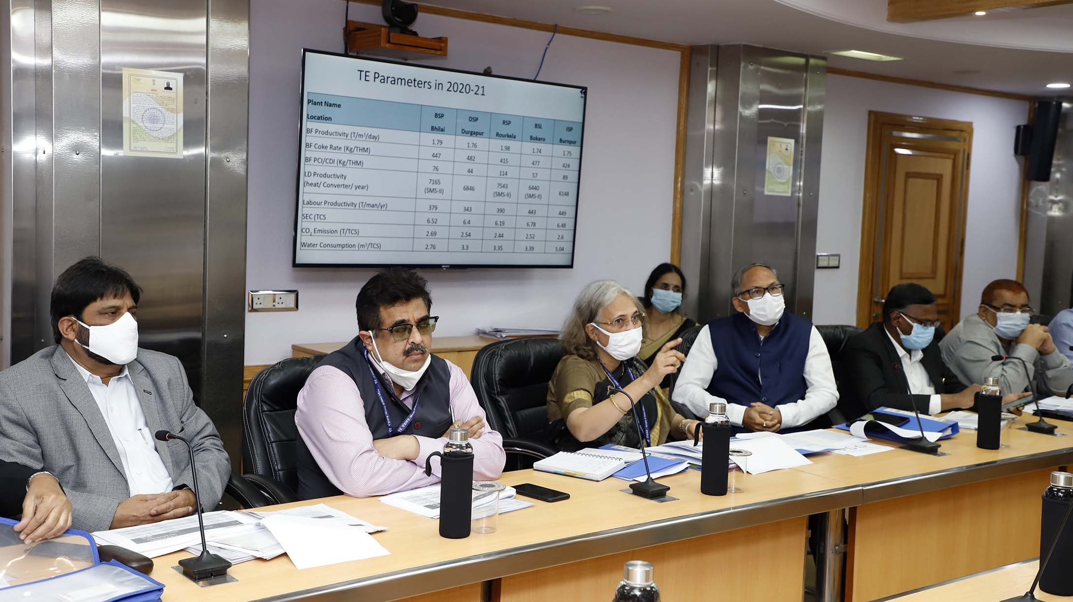Union Minister of Steel reviews status of Steel Cost Reduction in Production of PSUs; directs for cost reduction through Improvement in Parameters