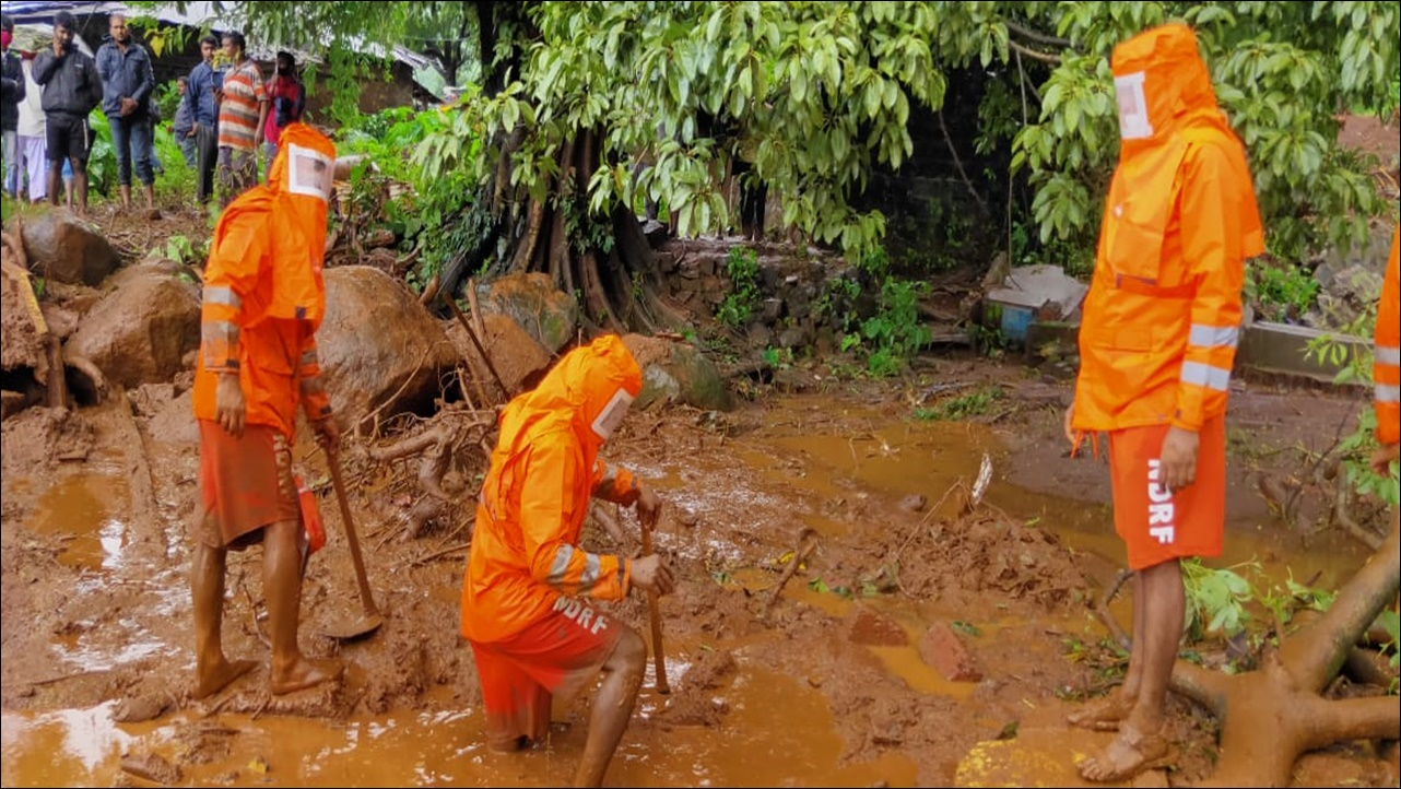 Flood rescue operation by NDRF in Maharashtra
