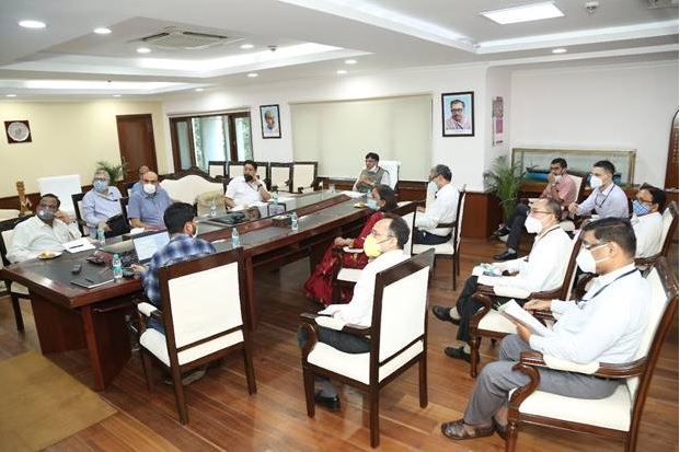 Minister of State for Shipping Mansukh Mandaviya reviews seaplane operation projects