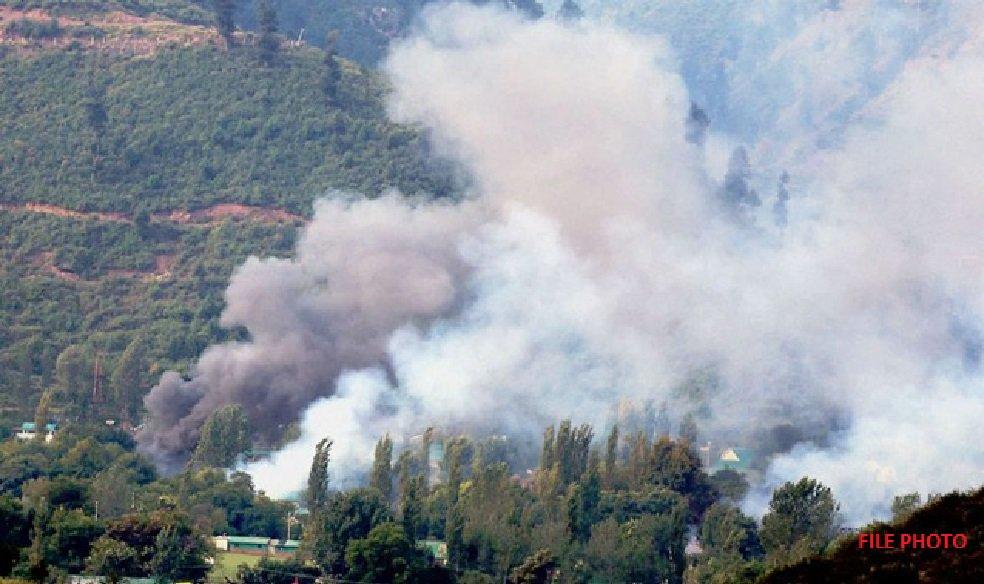 Pakistan Army violates ceasefire along LoC in Degwar sector; Indian Army replies befittingly