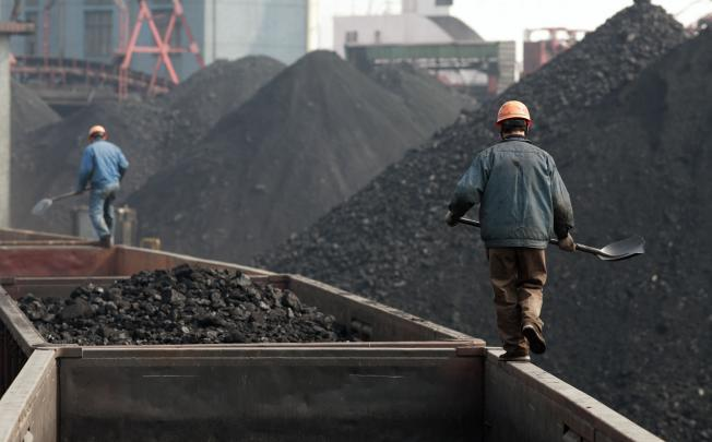 China orders increase in coal production to tackle power crisis, resorts to hike in power tariffs