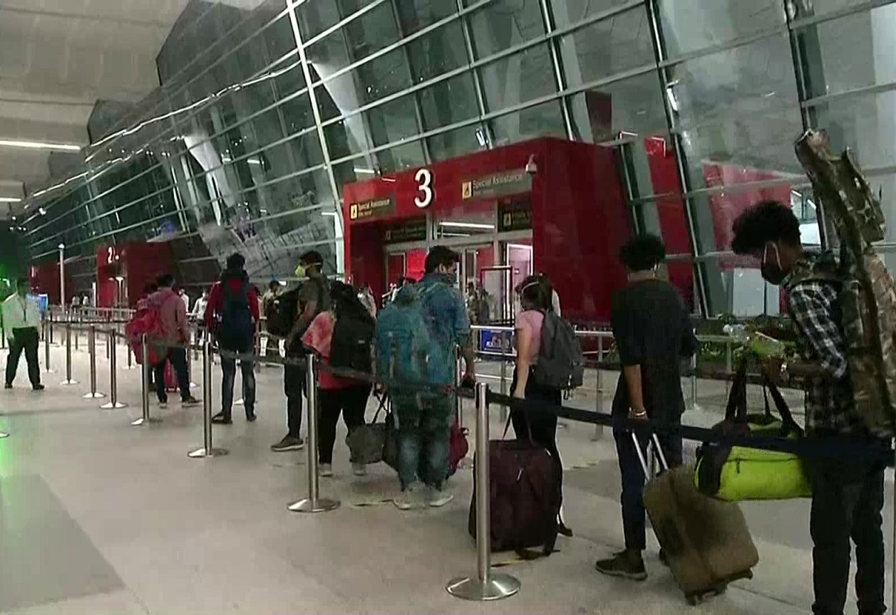Domestic flights begin again, except in Andhra Pradesh and West Bengal