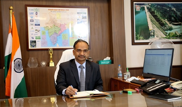 Union Power Secretary reviews Report of the Core Management Team; Monitors position at Thermal Power Plants