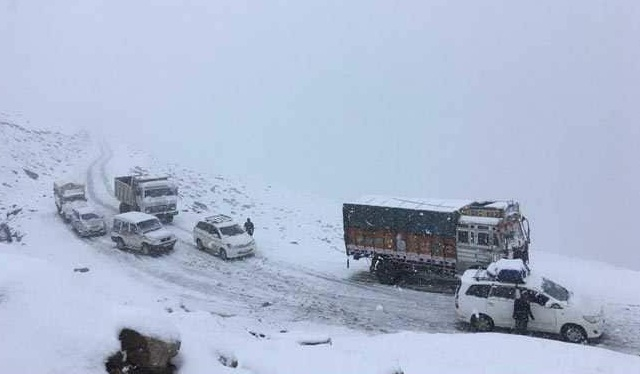 As rain and snow hit Himachal Pradesh, schools in 9 districts to be shut today