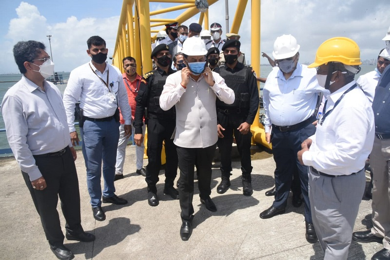 Union Minister Sarbananda Sonowal visits Mumbai Port Trust, reviews projects