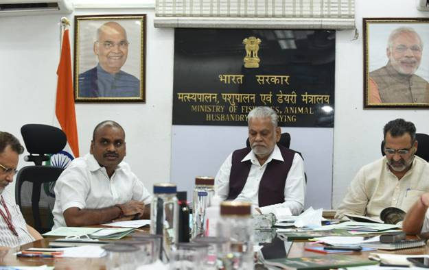 Union Minister for Fisheries Parshottam Rupala chairs a national level consultation with State Animal Husbandry, Veterinary Ministers