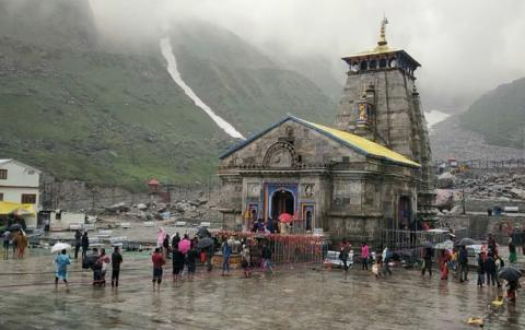 IMD issues red alert for heavy rain in Uttarakhand