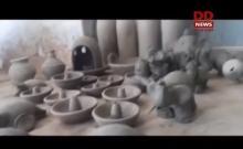 वाराणसी में प्रवासी मजदूरों को मिट्टी के खिलौने बनाने का दिया जा रहा प्रशिक्षण