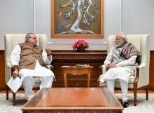 जम्मू-कश्मीर के राज्यपाल सत्यपाल मलिक ने आज प्रधानमंत्री नरेन्द्र मोदी से दिल्ली में मुलाक़ात की