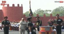 President Ram Nath Kovind presents Colours to Army Aviation Corps in Nashik