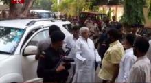 CBI registers case against Lalu Yadav and family
